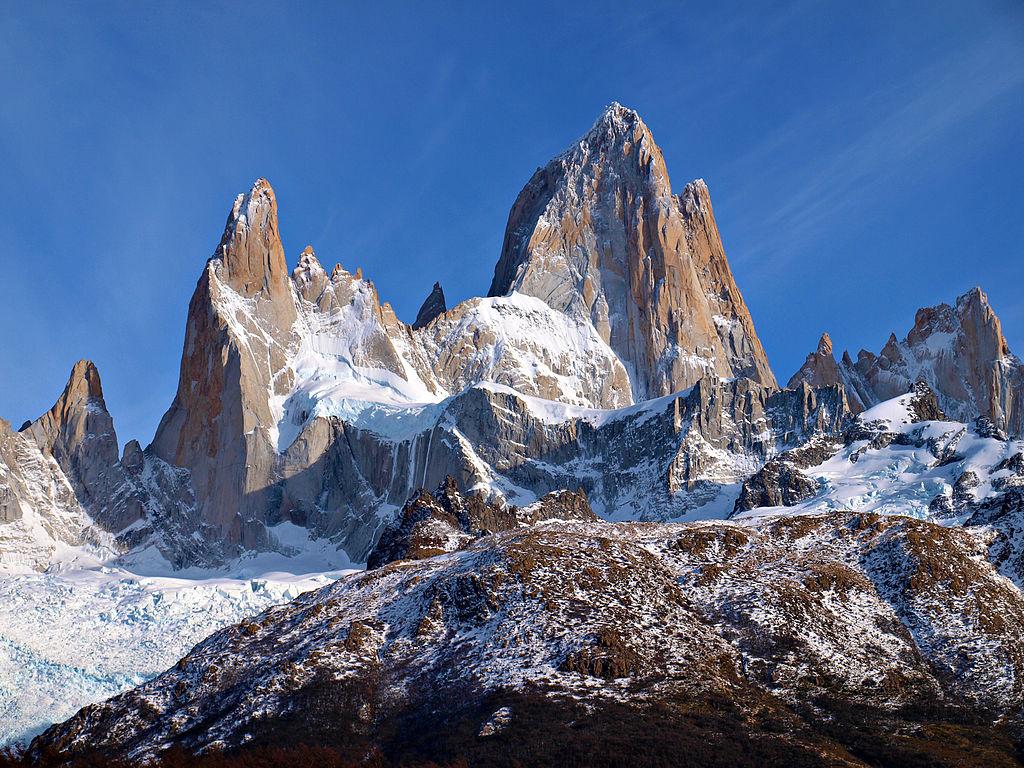 1024px-Fitz_Roy_Chalten_Argentina_Todor_Bozhinov_2013-1.jpg