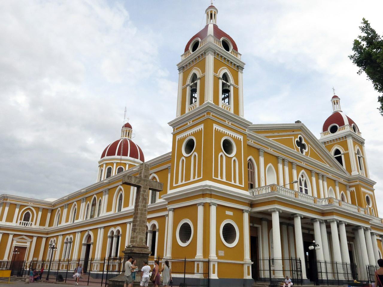 church-402750_1280.jpg