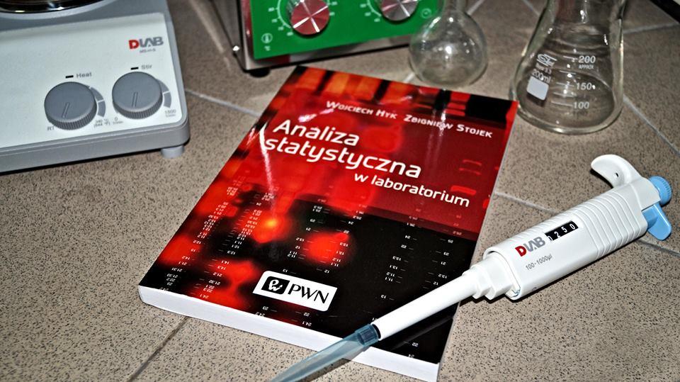 analiza-statystyczna-w-laboratorium-1.jpg